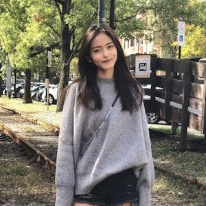 Mia (Yixuan) Zhu